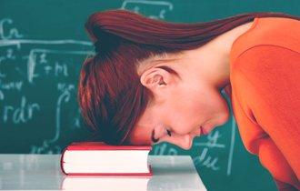 57%が過労死ライン。それでも教師のいじめ無視が許されない理由
