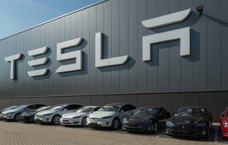 ガラパゴスの悪夢再び。日本車メーカーがテスラに負ける構造上の理由