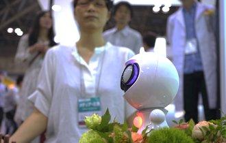 【世界初】ロボットが誘う「マインドフルネス瞑想」を体験してきた