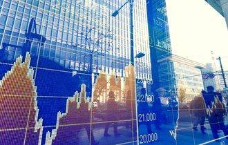 視界不良のアベノミクス。日経平均株価はもはや予測不能なのか?