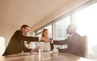 「変わり者」「異質な会社」が、最後は大成功をおさめる理由