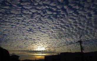 不吉な雲出てる! 全国各地で「地震雲」報告相次ぐ【SNS画像まとめ】