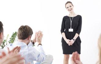 ヒントはSNS。褒めてもやる気を起こさない社員を奮起させる方法