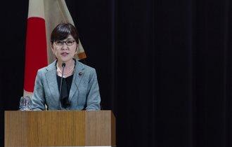 稲田防衛大臣が会見で致命的ミス。謝罪のプロが指摘したNGワード
