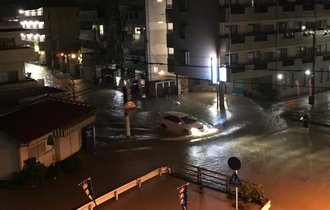 衆院選の裏で大阪の大和川が氾濫。TV報じずTwitterで避難呼びかけ