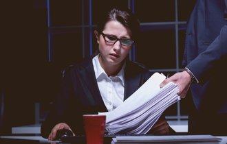今年のノーベル医学賞で浮き彫りになった、「夜間勤務」の危険性