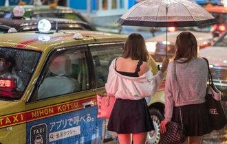 日本で横行する、中国人観光客を狙った違法「白タク」に大打撃