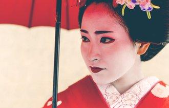 京都が荒らされている。急増「外国人向け」闇観光ビジネスの実態