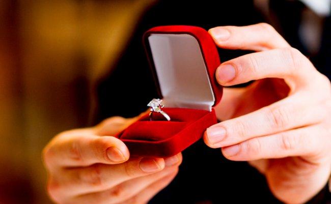 指輪 ダイヤ クリスマス メルカリ