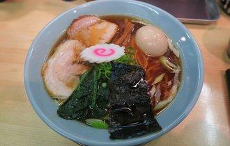 【東十条】ラーメン官僚が官能的な麺に酔う味玉そば【机上の空論】