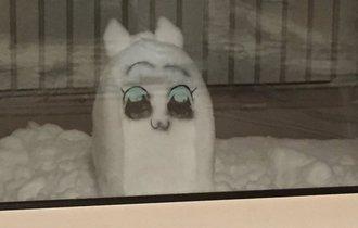 こっち見んな! 巷にあふれた「ヤバい雪だるま」画像まとめ