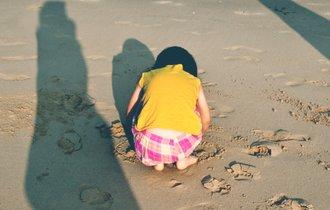 9歳の少女に強制不妊手術。かつて日本に実在した残酷な法律