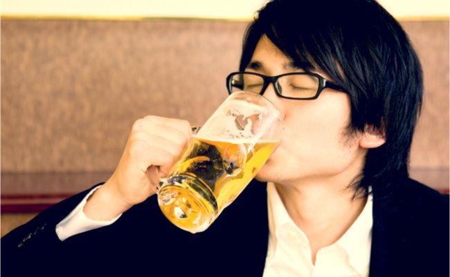 日本人の5%に疑いも。医者が見逃す「アルコール依存症」の恐怖