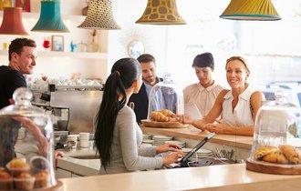 「客がたくさん来店するのは当然」という空気感が店をダメにする
