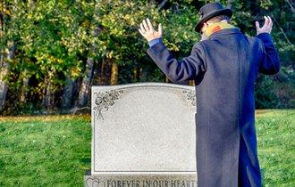 「妻死去時に夫が55歳以上でないと遺族年金が貰えない」は本当か