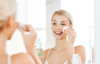 実は簡単!お肌にピッタリ合う「化粧水」を自分で作る方法
