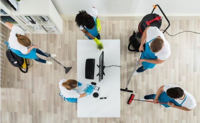 なぜ社長と社員全員が「掃除」をすると会社の業績が上向くのか?