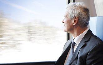 61歳で退職は損?もう少し働くと大幅に年金額がUPする場合がある