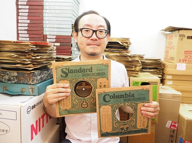 ▲大手レコード会社「コロムビア・レコード」の紙ジャケットとほぼ同じデザインを施した謎のレーベル「スタンダード・レコード」。往時はこういったパチモンレコードが販売されていた。