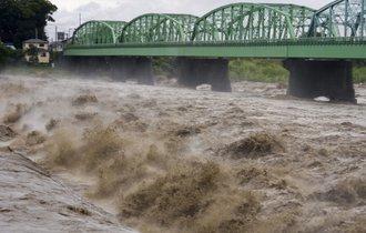 「数十年に一度の豪雨」……表現のインフレが巻き起こす二次災害