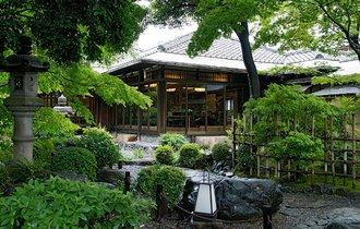 森鴎外も楽しんだか。京都の名庭園・高瀬川二条苑で頂く和食の味