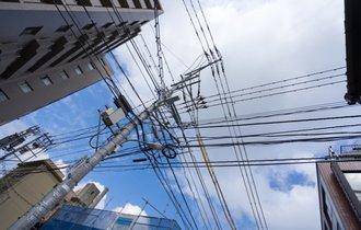 恐ろしい電力会社の闇。日本から電柱がなくならない酷すぎる理由