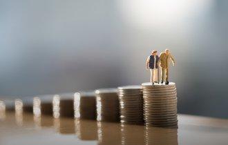 長年支払ってきた「国民年金」は、一体何年で元が取れるのか?