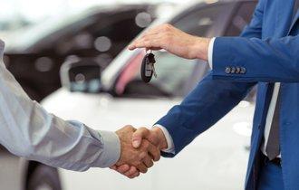 元国税が警告。絶対バレる上に重罪な「高級外車」の売却益隠し