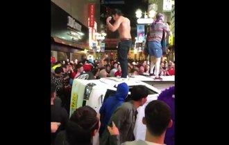 【朗報】ハロウィンの渋谷繁華街で軽トラ横転、男4人を逮捕