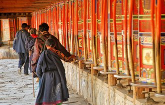 中国に蹂躙されるチベット人が提言、憲法改正でしか平和は保てぬ