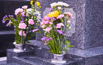 誰もお参りできないお墓は必要か。「墓じまい」について考える