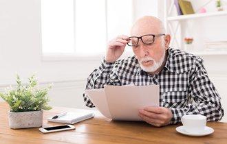 安心してください、損してませんよ。65歳で年金が減るって本当?