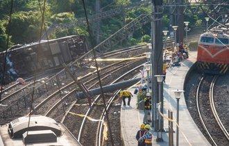 台湾脱線事故で「問題なかった」はずの日本車両が訴えられる理由