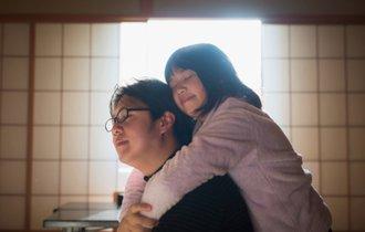 我が子の心を育てるために「8秒ギュッ(抱っこ)」が効果的な訳