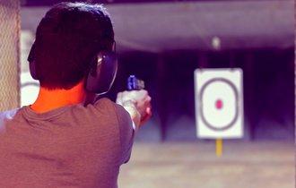 銃の威力を決めるのは口径ではない。人間にも同じことが言える