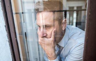 6割の企業が抱える社員のメンタルヘルス問題。解決の糸口は?