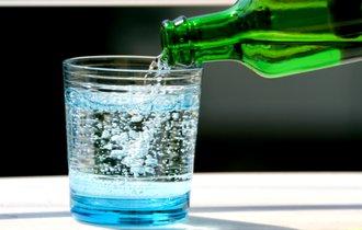 暑くなくても渇く「のど」。鍼灸師オススメの対策は「炭酸水」