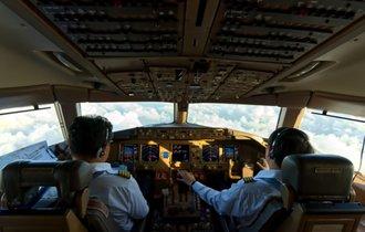 ある日本人機長が気づいた、小さな行動を大きな国益に繋げる方法