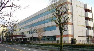 1600px-Japan_Pension_Service_Headquarters1
