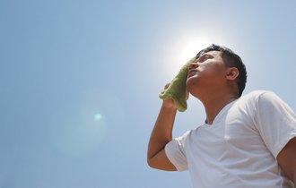 死に至る暑さ。現役科学者はどんな装備で熱中症を防いでいるのか