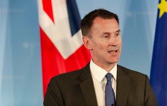 「中国悪魔化」に舵を切ったイギリス。欧州で燃え上がる反中の炎