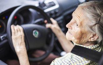 「車がないと生活できない」と語る田舎の親に免許返納させた裏技