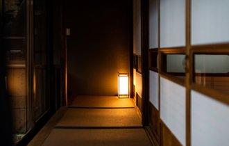 地酒の蔵のほど近く。奈良桜井に大正より佇む料理旅館を訪ねる