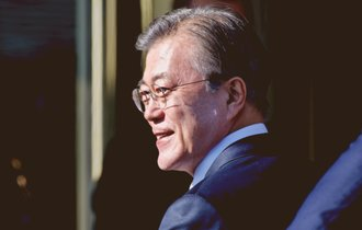 文大統領の批判動画を流した韓国企業の会長辞任。日本からは疑問の声