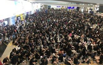 香港デモが「第2次天安門」となるXデーに、日本が示すべき姿勢