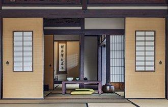 日本に生まれた事を感謝したくなる。「古旅館の床の間」という美