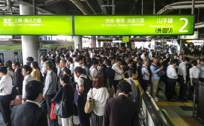 JR「計画運休」の大失敗。台風直撃で露呈した低スキル首都・東京