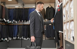 店員の声掛けを拒むお客様が、店員に声をかけたくなる商品提案法