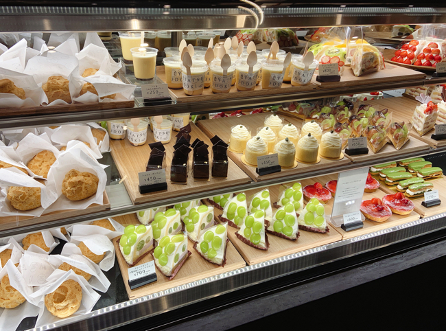 ケーキ売場(ヤツドキ)