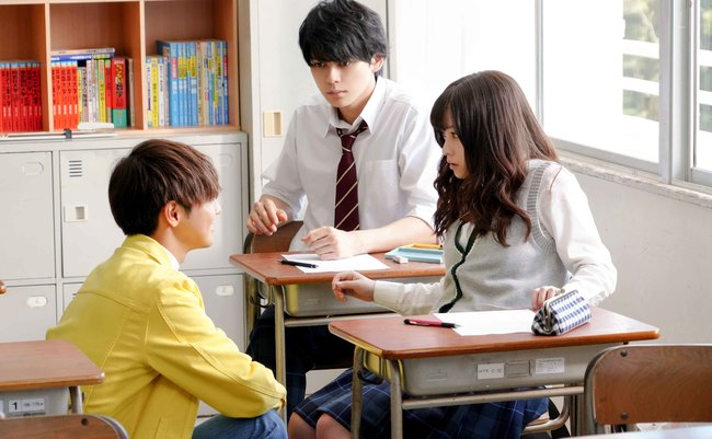 image by:(C)2019映画『午前0時、キスしに来てよ』製作委員会